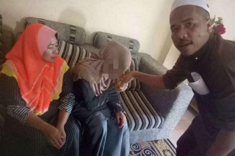 Видео секс мусульманок малайзий