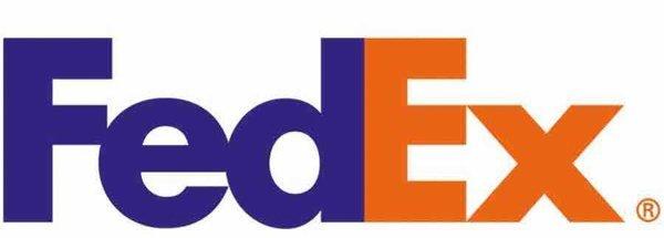 """1. Вот, например, в лого FedEx между буквами """"E"""" и """"x"""" спряталась стрелочка, показывающая движение вперед бренд, интересно, логотип, послания"""