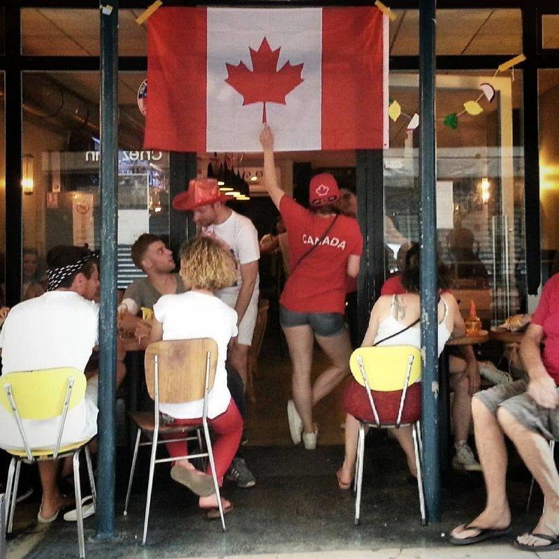 Тем временем в Канаде в мире, канада, люди, подборка, прикол, фото, юмор