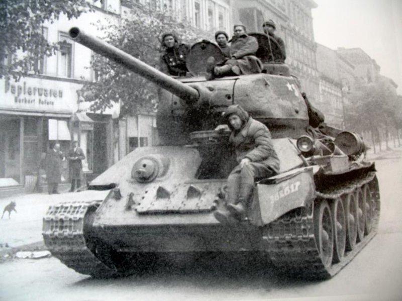 8. Танк Т-34 СССР, история, факты