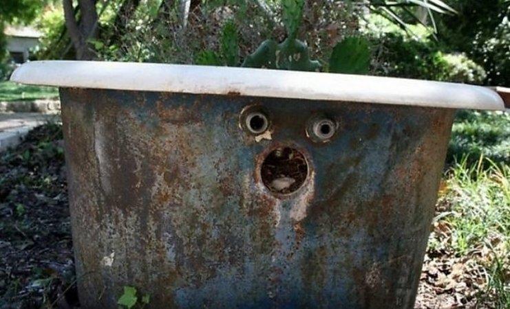 И за вами следят даже предметы камеры, мания, паранойя, следят, слежка, фото, юмор