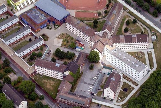 Тюрьма в Бодхуме Bochum, Egidius Schiffer, Serial killer, Тюрьма