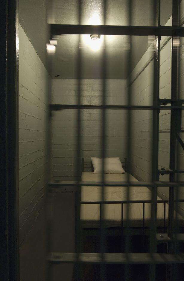 Одиночная камера Bochum, Egidius Schiffer, Serial killer, Тюрьма