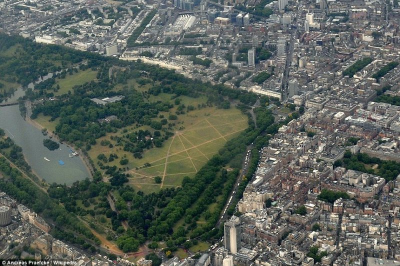 Гайд-парк в центре Лондона англия, аномальная жара, аэрофотосъемка, великобритания, засуха, лондон, раньше и сейчас, сравнение