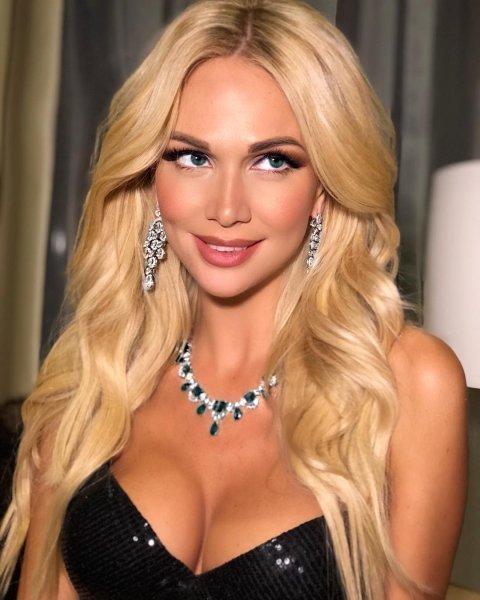 Виктория Лопырева без макияжа, звезды, знаменитости, не узнать, повседневность, принять себя