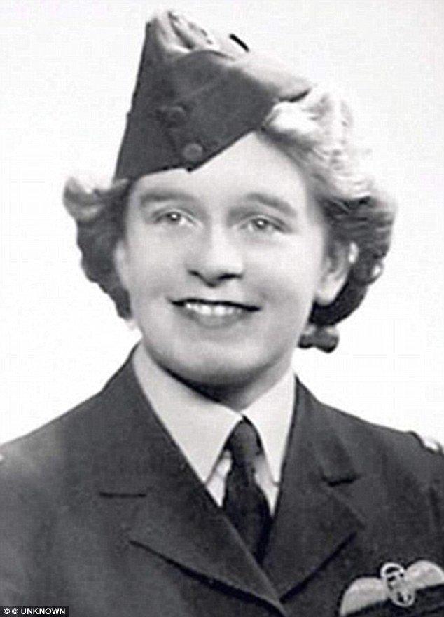 За свою жизнь Мэри Эллис совершила около тысячи вылетов на самолетах 76 различных видов вторая мировая война, женщина-пилот, история, летчики, новости, память, пилоты, смерть