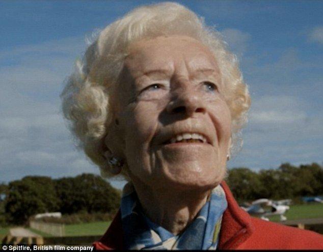 Мэри Эллис была одной из последних остававшихся в живых женщин-пилотов Второй мировой войны. вторая мировая война, женщина-пилот, история, летчики, новости, память, пилоты, смерть