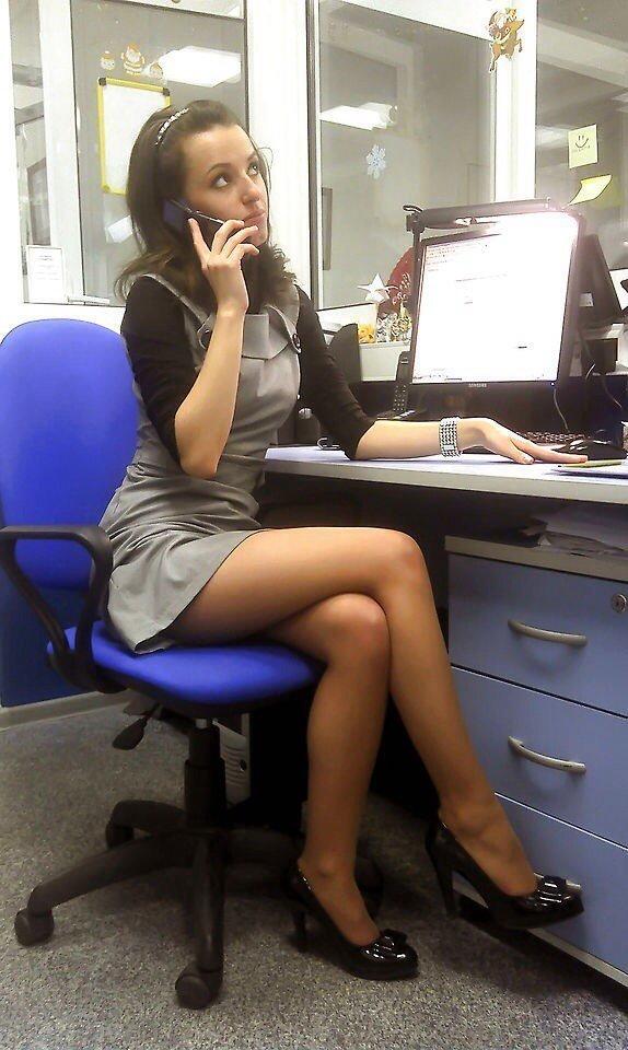 фото девушек частное на работе