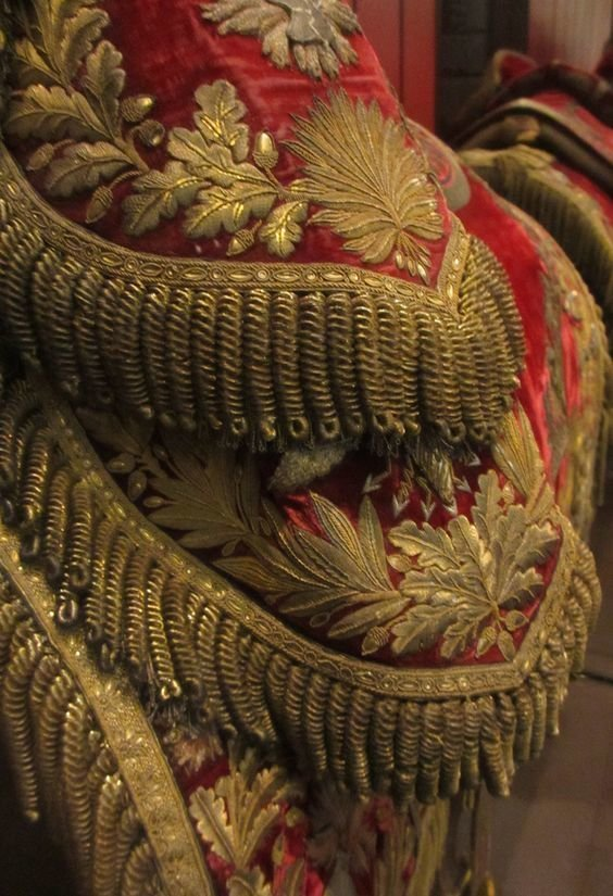 Эполеты. Это все ручная вышивка золотой нитью вышивка, искусство. шитье, красота, старинные
