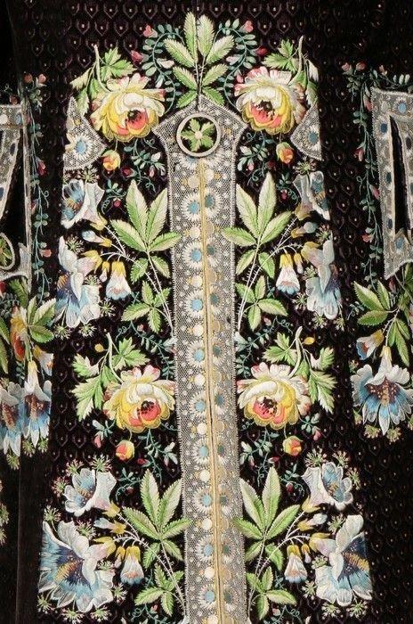 Вышивка на вельветовом мундире, Франция, около 1790 года вышивка, искусство. шитье, красота, старинные