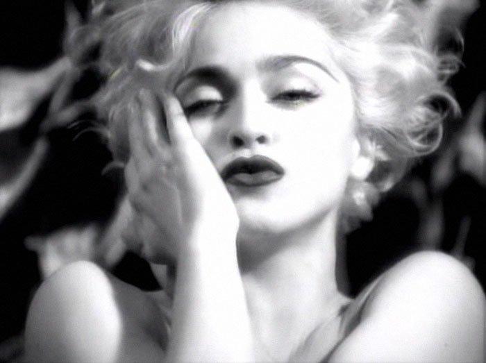 Музыкальный клип Vogue благотворительная деятельность, и такое бывает, мадонна, собака, собака - улыбака, фотограф, фотопроект, фэшн