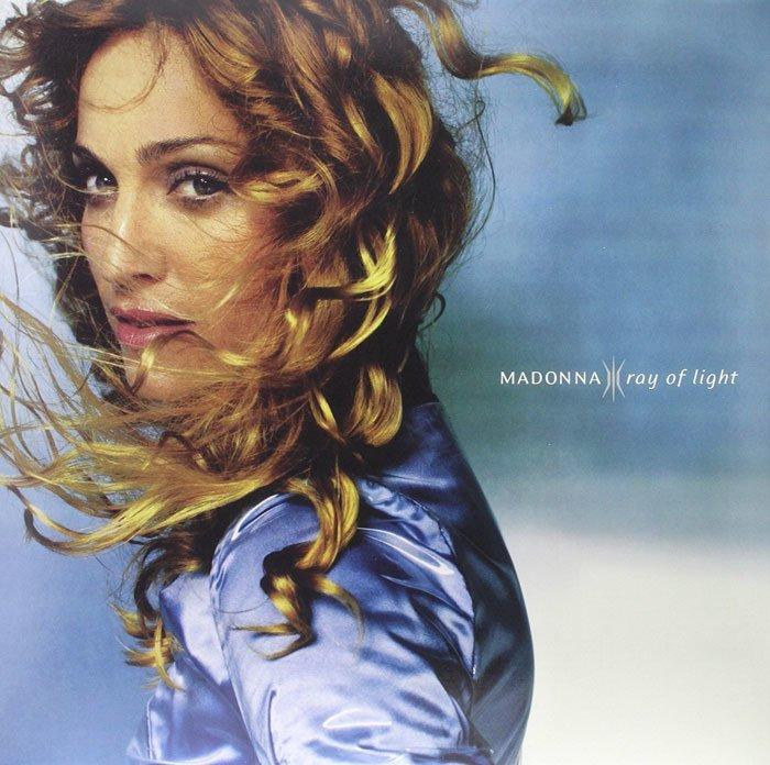 Обложка альбома Мадонны Ray Of Light благотворительная деятельность, и такое бывает, мадонна, собака, собака - улыбака, фотограф, фотопроект, фэшн