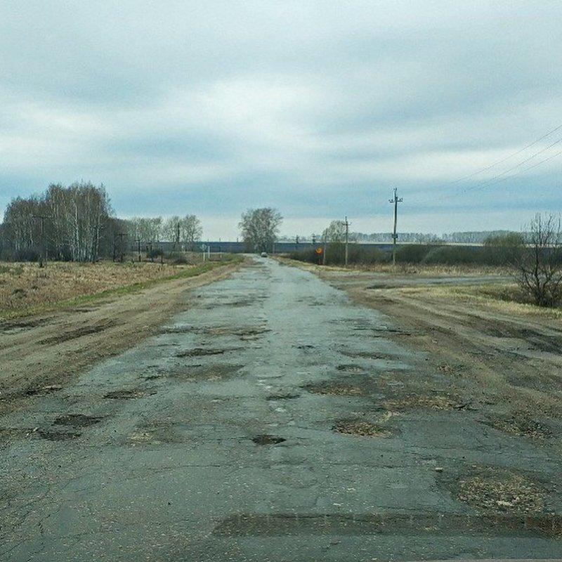 Где-то неровности получаются меньше, где-то больше… дороги, прикол, российские дороги, юмор, ямы
