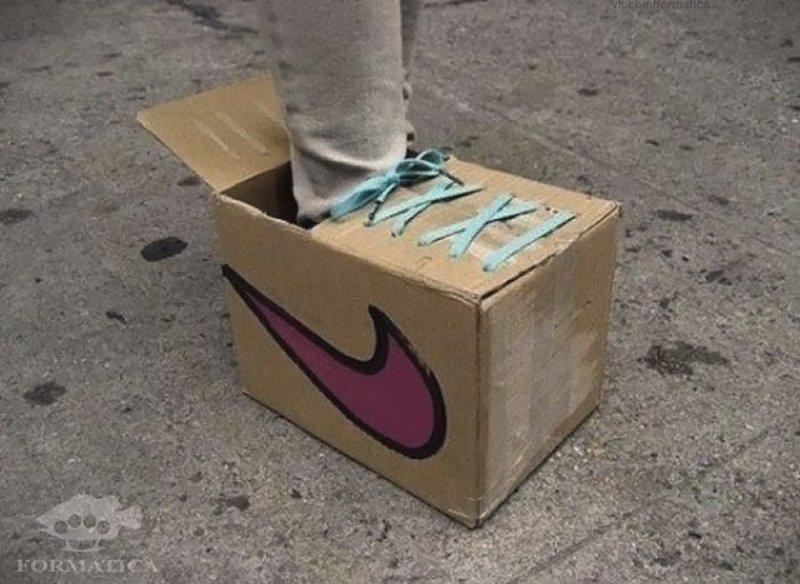 Кстати, вот и атникризисная обувь handmade, вещи из мусора, вторая жизнь, как это сделать, картон, картонная коробка, переделка