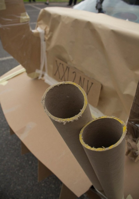 Картонный мир победил: Необычные штуки, которые можно сделать из картонной коробки handmade, вещи из мусора, вторая жизнь, как это сделать, картон, картонная коробка, переделка