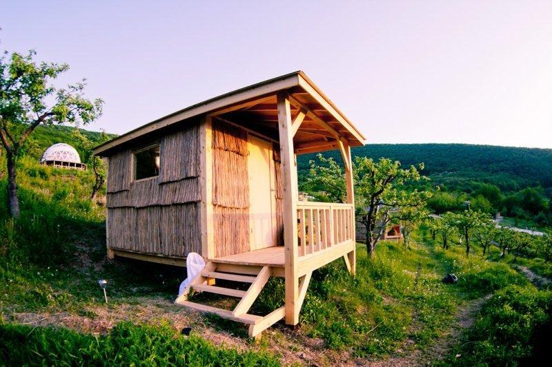 3. На склоне гор живописной Бельбекской долины Красивые дома, Пляжный домик, бунгало, на море, отпуск, природа, у моря