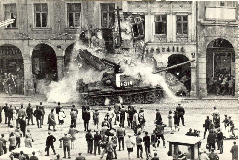 Пражская весна. 1968 год исторические фотографии, история, редкие фотографии