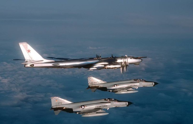 Ту-95 «Медведь»: 66 лет в небе Ту-95 «Медведь», авиация, интересное