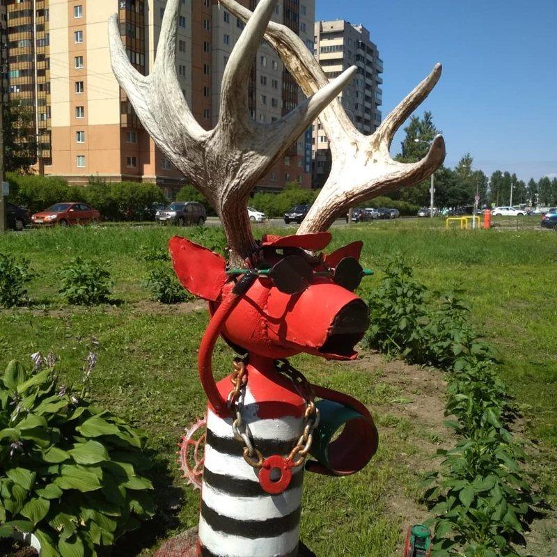 6. Модный лось в Питере ЖЭК, благоустройство, дворы, жэк арт
