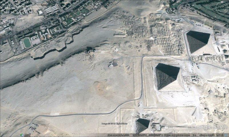 февраль 2009 GoogleEarth, гиза, египет, закопали, объект, сокрытие, тайна