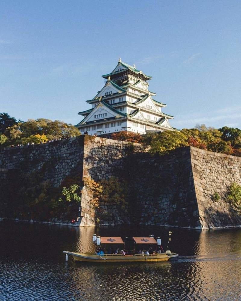 Замок в Осаке, Япония день, животные, кадр, люди, мир, снимок, фото, фотоподборка