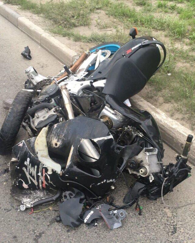 Авария дня. 17-летний водитель с толкнулся с мотоциклом в Рязани авария, авария дня, авто, авто авария, видео, дтп, мотоциклист, хруст