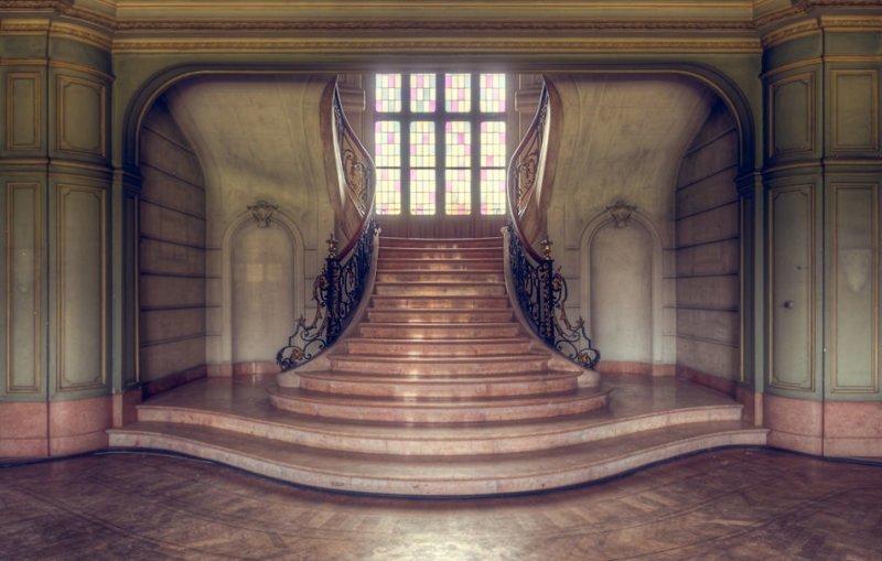 6. Идеальная лестница брошенные жилища, дворцы, заброшенные, заброшенные дома, заброшенные здания, старина старый дом, старые здания