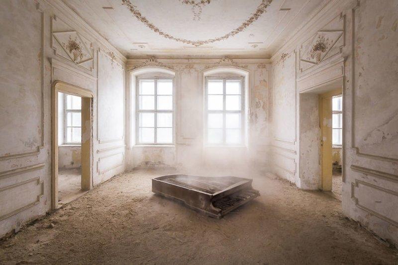 24. Рояль в пыли брошенные жилища, дворцы, заброшенные, заброшенные дома, заброшенные здания, старина старый дом, старые здания