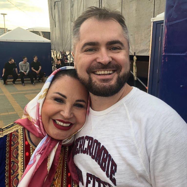 5. Надежда Бабкина и Евгений Гор вместе уже 15 лет звезды, знаменитости, любовные отношения звезд, неравный брак