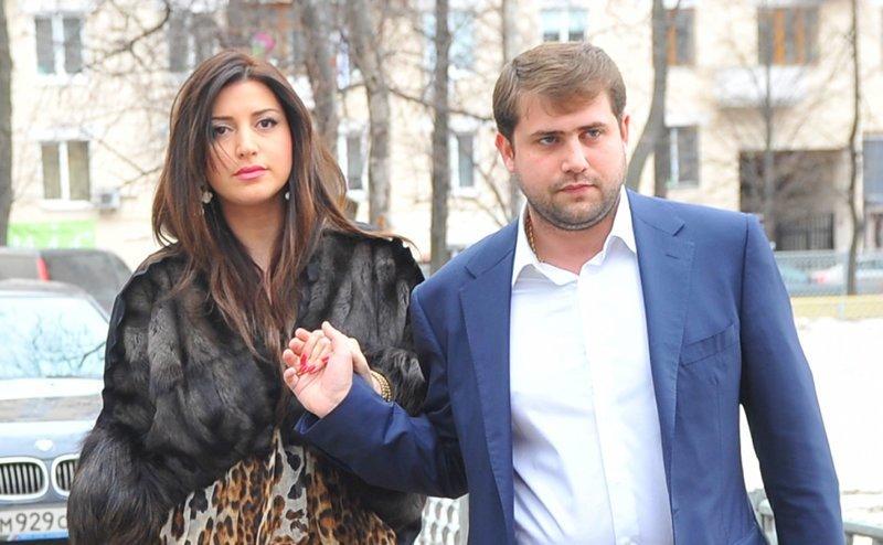 9. Певица Жасмин и политик и бизнесмен Иван Шор вместе с 2011 года звезды, знаменитости, любовные отношения звезд, неравный брак