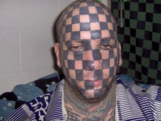 5. Готовое поле для игры в шахматы. абсурд, ошибка, плохое качество, страх, тату, татуировка