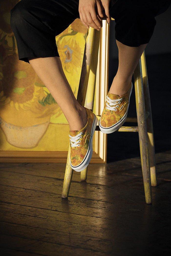 """""""Подсолнухи""""... Vans, ynews, классическая живопись, мода, модная коллекция, музей Ван Гога, необычно, новости"""