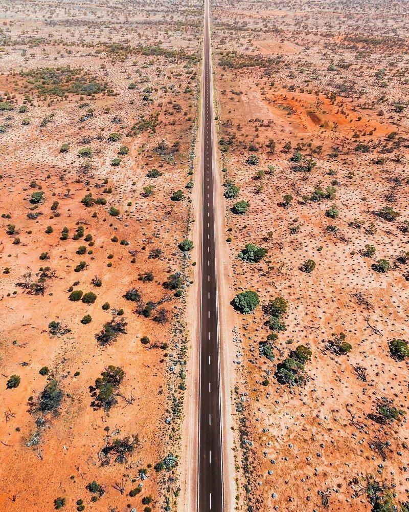 Дорога, уходящая в бесконечность, Австралия дроны, фото с высоты, фотографии с дронов, фотография