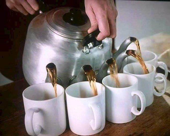 Чайник для тех, к кому приходит много гостей в мире, вещи, дизайн, дизайнер, идея, креатив, прикол