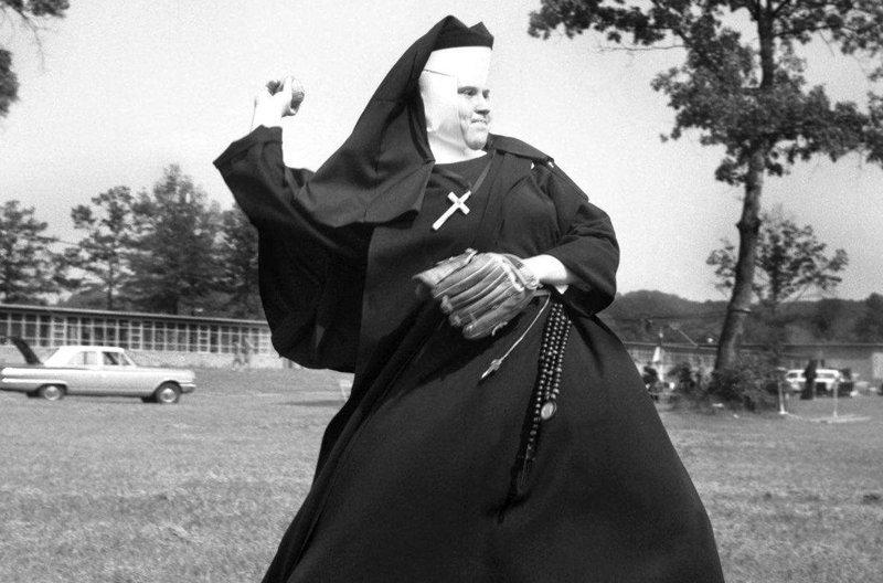 Эти фотографии доказывают, что жизнь за стенами монастыря не заканчивается Монастырь, Монахини, интересное, отдых, служители бога, фото, юмор