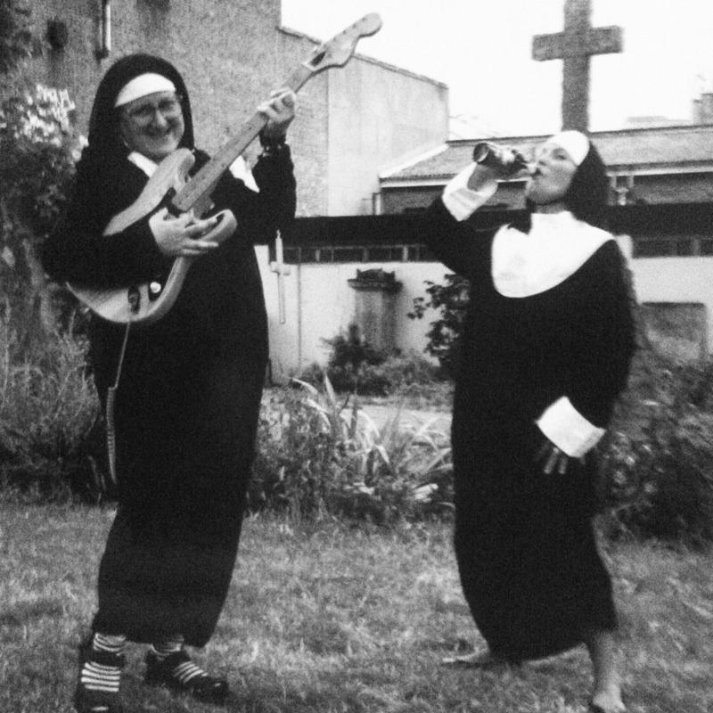 Они даже не прочь выпить Монастырь, Монахини, интересное, отдых, служители бога, фото, юмор