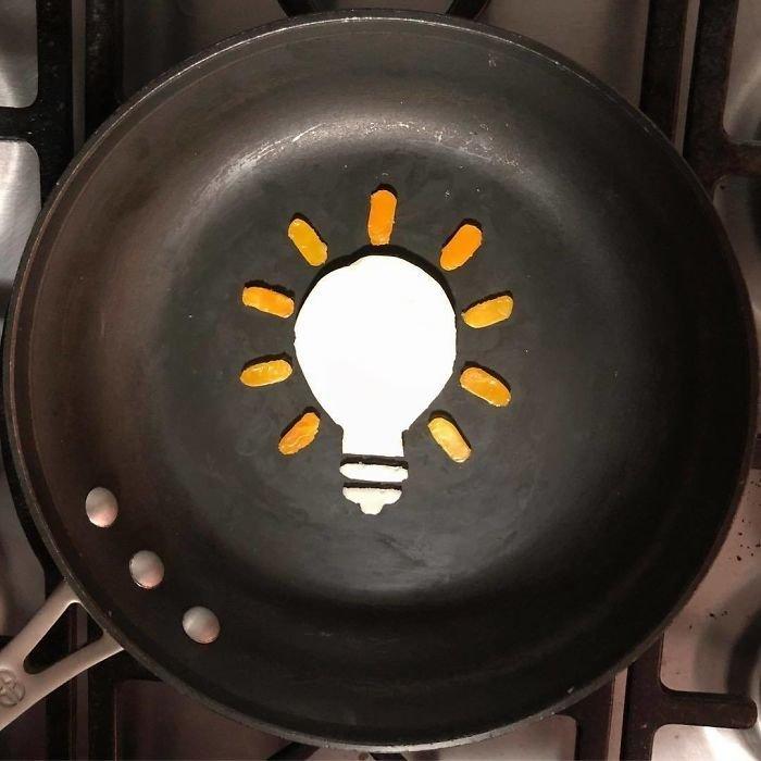 Творческий подход: каждое утро художник превращает яичницу в новое произведение искусства еда, завтрак, изображение, сковорода, творчество, художник, яйцо
