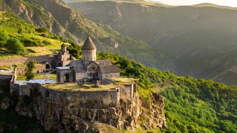 17. Татев в Армении интересно, планета земля, природа, удивительное рядом, факты о земле, факты о нашей планете