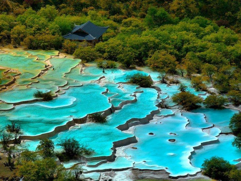 9. Цепь озер в Сычуане, Китай  интересно, планета земля, природа, удивительное рядом, факты о земле, факты о нашей планете