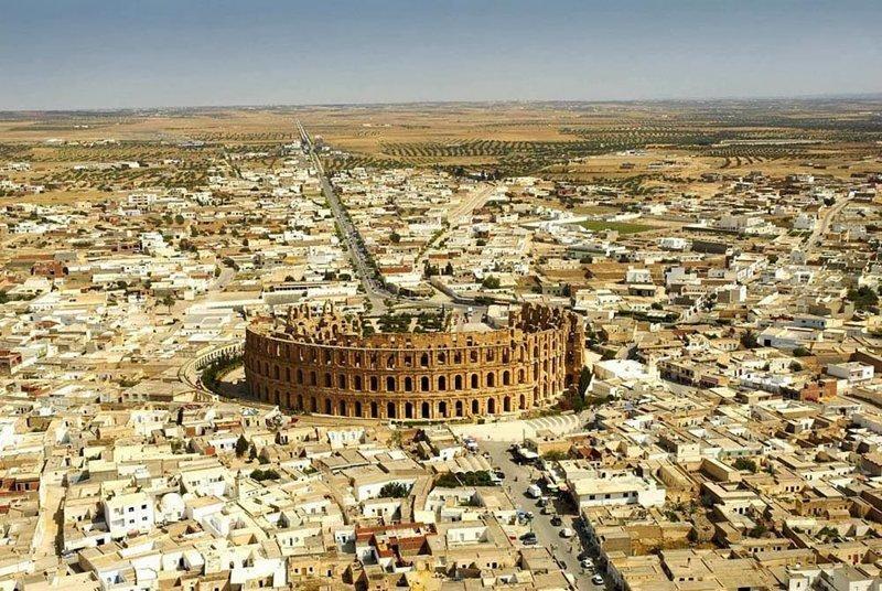 Это, например, Колизей в Эль-Джеме, Тунис интересно, планета земля, природа, удивительное рядом, факты о земле, факты о нашей планете