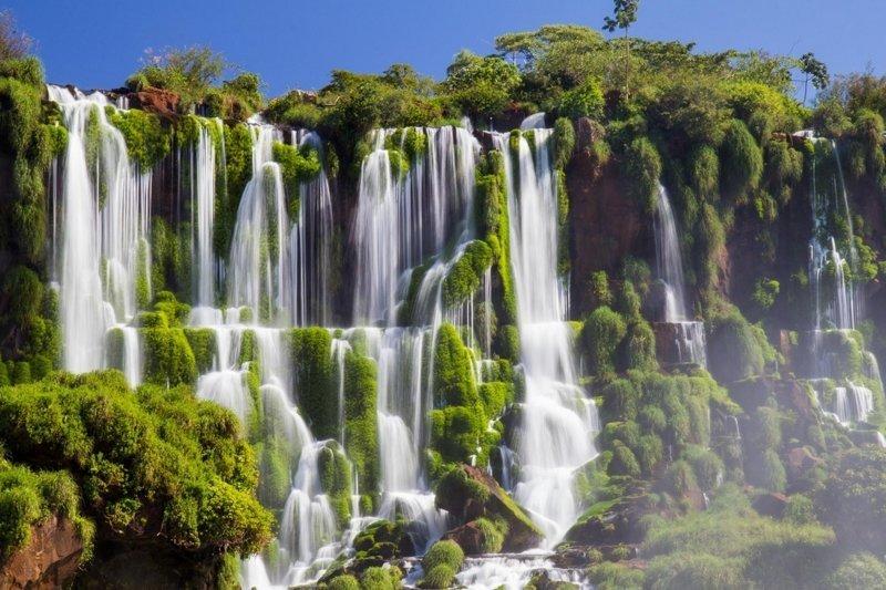 13. Аргентина, водопады Игуасу  интересно, планета земля, природа, удивительное рядом, факты о земле, факты о нашей планете