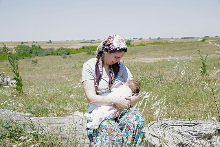 Турция грудное вскармливание, интересно, кормление грудью, матери и младенцы, необычно, общество, рекламная кампания, фотопроект