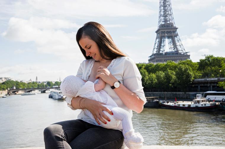 Франция грудное вскармливание, интересно, кормление грудью, матери и младенцы, необычно, общество, рекламная кампания, фотопроект