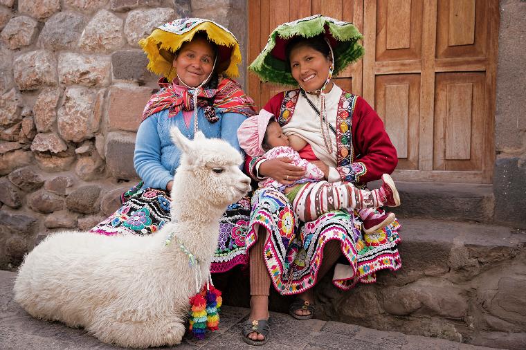 Перу грудное вскармливание, интересно, кормление грудью, матери и младенцы, необычно, общество, рекламная кампания, фотопроект