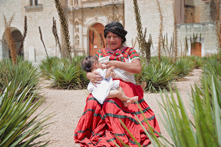 Мексика грудное вскармливание, интересно, кормление грудью, матери и младенцы, необычно, общество, рекламная кампания, фотопроект