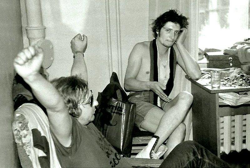 Майк и Кирилов, 1988 год. Фото из архива журнала «Штучка»  Майк Науменко, история, музыка