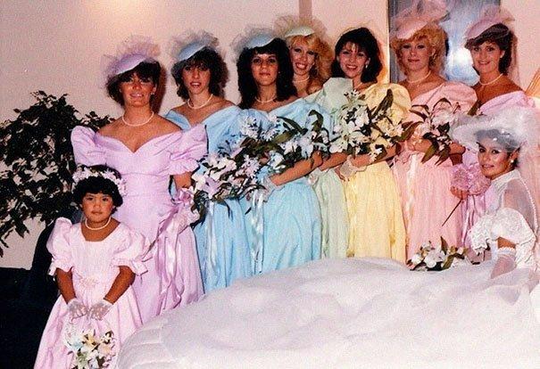 12. Подружка невесты, винтажные фото, мода, наряды, свадебные платья, свадебные снимки, смешное, юмор