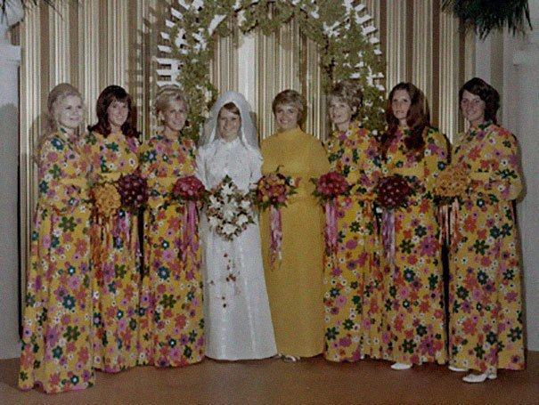 25. Подружка невесты, винтажные фото, мода, наряды, свадебные платья, свадебные снимки, смешное, юмор