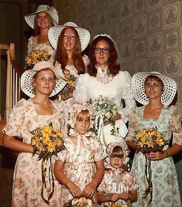 14. Подружка невесты, винтажные фото, мода, наряды, свадебные платья, свадебные снимки, смешное, юмор