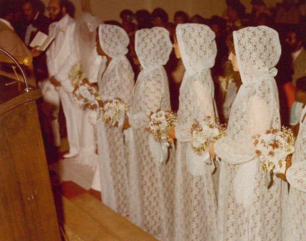 5. Подружка невесты, винтажные фото, мода, наряды, свадебные платья, свадебные снимки, смешное, юмор